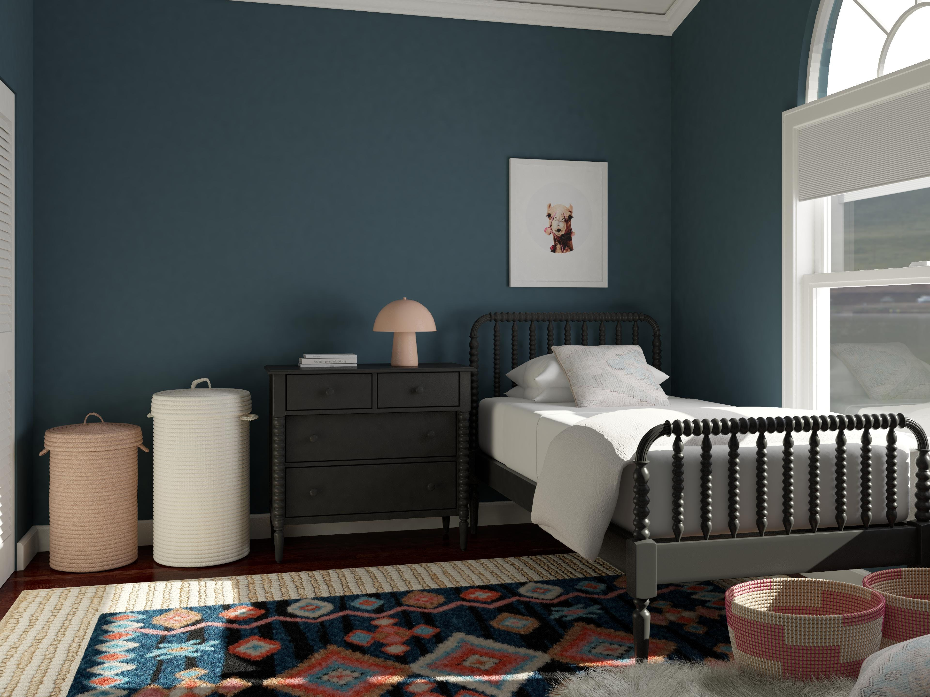 A Trendy and Sophisticated Tween Bedroom